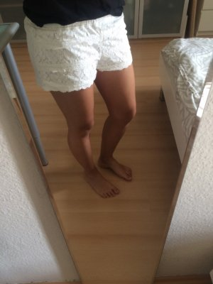 Tally Weijl Short moulant blanc