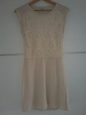 Spitzen Kleid creme Rücken durchsichtig