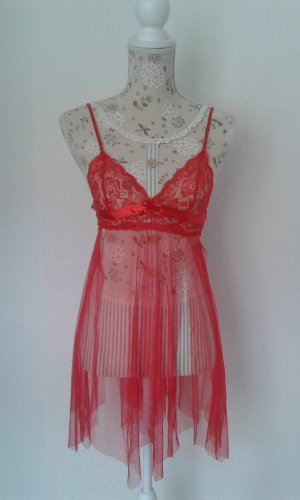 Spitzen Kleidchen, rot
