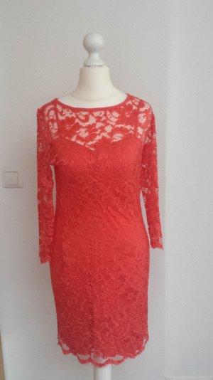 Spitzen / Lace Kleid
