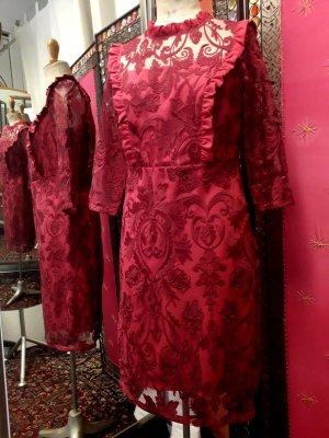 Lace Dress carmine