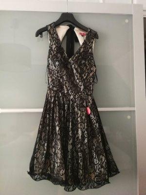 Chi Chi London Lace Dress black-dark grey