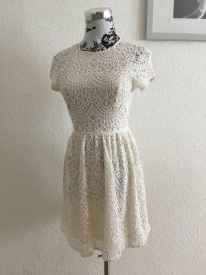 Spitzenkleid creme weiß elegant schick vintage look