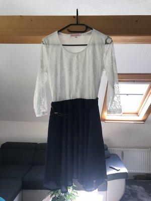 Robe de bal bleu foncé-blanc