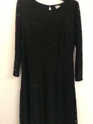 Saint Tropez Kanten jurk zwart
