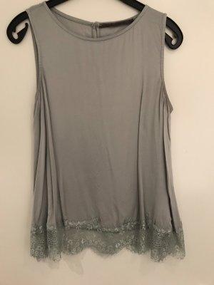 Angela Davis Lace Top light grey