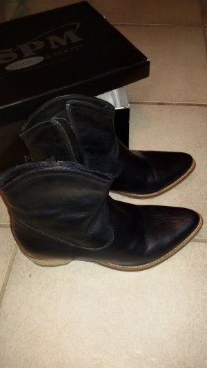 SPM Boots gr 38 schwarz top