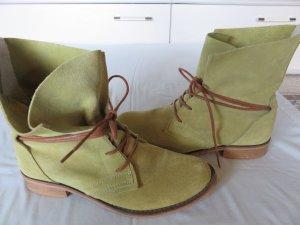 SPM Stieflette in schönem Grün, Größe 39