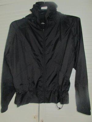 Sport Jacke schwarz Größe M