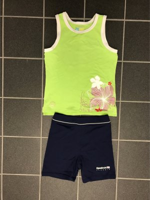 Sport Outfit gr. S top hot pants