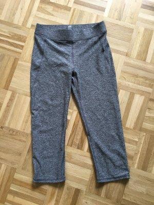H&M L.O.G.G. pantalonera gris-blanco