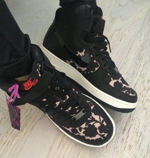 Sport Schuhe Nike Airs