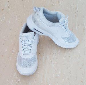 Sport Schuhe von Nike
