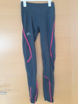Kalenji pantalonera gris