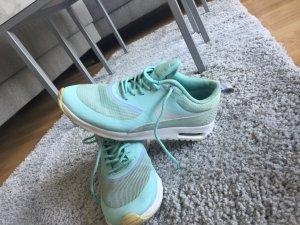 Nike Chaussures bleu clair