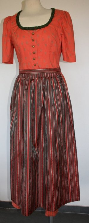 Sportalm - Dirndl mit filigranem Muster in Orange Gr. 40