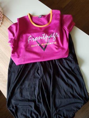 Sportdress Hose und Shirt