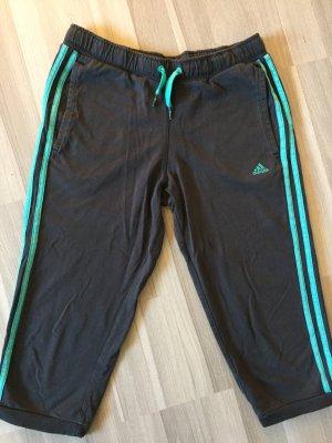 Sporthose- Adidas-Kinder gr. 170