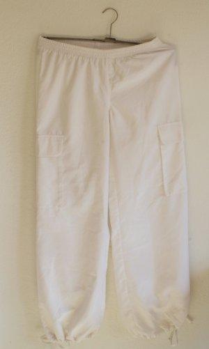 Sporthose in Weiß Sommerlich Leichter Stoff