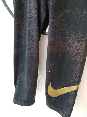 Sportleggings von Nike Pro