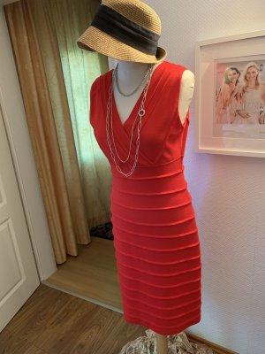 Betty Barclay Robe en jersey rouge brique