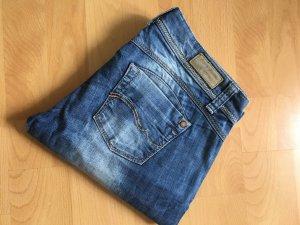 sportliche Jeans im Bootcut-Style