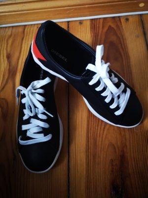 Diesel Sneaker stringata nero-rosso