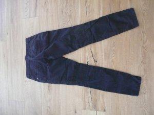 sportliche schwarze Hose von Marc Cain