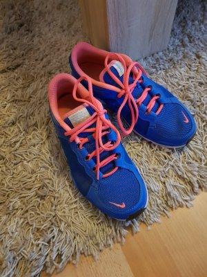 Nike Basket à lacet rouge framboise-bleu