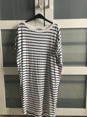 Pull & Bear Robe t-shirt blanc-noir