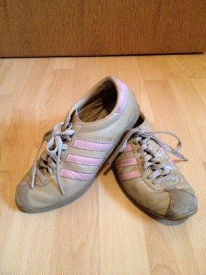 Sportschuhe der Marke Adidas (Rekord) , Größe 39