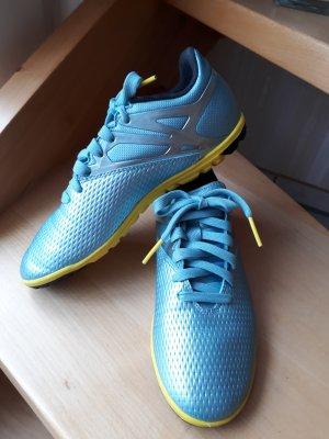 Sportschuhe von Adidas, neuwertig