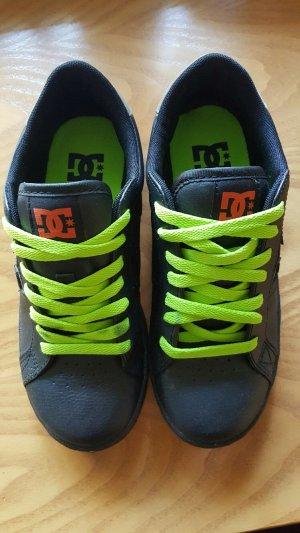 Sportschuhe von DC Shoes aus New York
