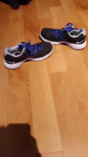 Nike Basket à lacet noir-bleu