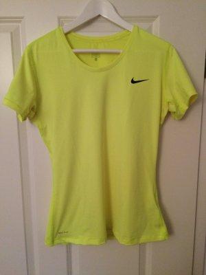 Sportshirt von Nike in Größe XL