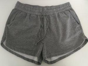 H&M Sport Shorts grey
