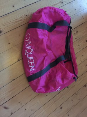 Sporttasche in pink mit Schrift