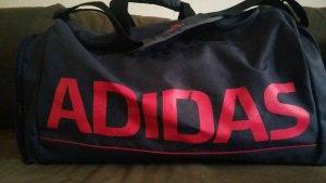 Sporttasche von ADIDAS. Unisex.