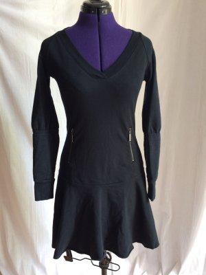 Square Denim - Schwarzes Kleid mit ausgestelltem Rock