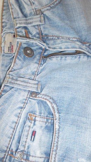 Schöne helle Jeansshorts von Hilfiger in Gr. 28
