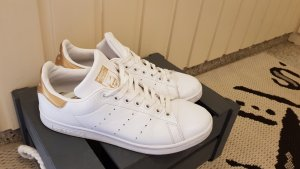 adidas stan smith Lace-Up Sneaker white-gold-colored