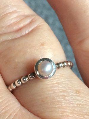 Zilveren ring wolwit Zilver