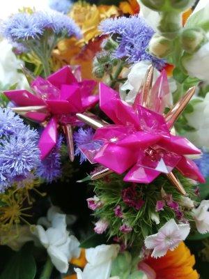 Orecchino multicolore