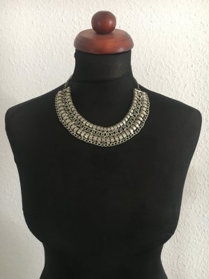 Statement Blogger Collier