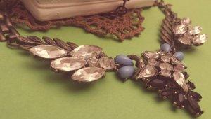 Statement bronze Gliederkette Flügel silber schwarz blau Steine Vintage Zara NEU