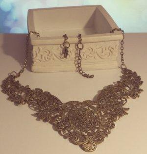 Statement bronze verzierte Kette, Rüschen, Blumen, Kragen, Vintage, Blogger Zara