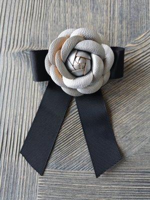 Brooch black-silver-colored
