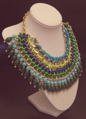 Statement gold Gliederkette, grün blau Steine, Bänder, Kragen, Blogger, Zara