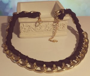 Statement gold Gliederkette, schwarz Stoff, verstellbar, Zara