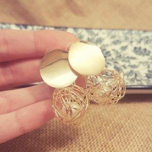 Statement gold Zara Ohrringe, verzahnt, rund, mit Perle, NEU